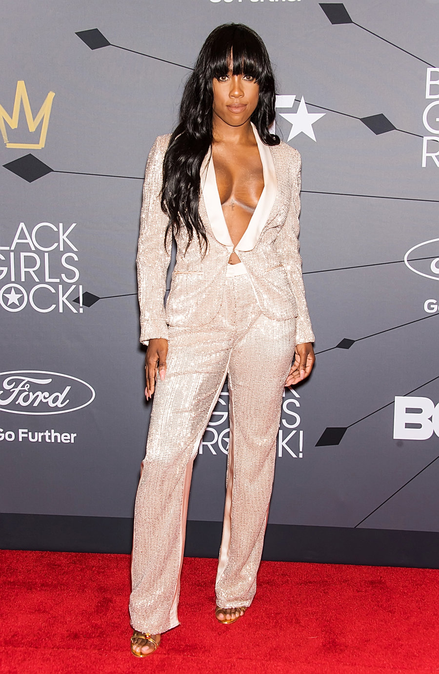 sevyn-streeter-black-girls-rock-red-carpet-2018-billboard-1240